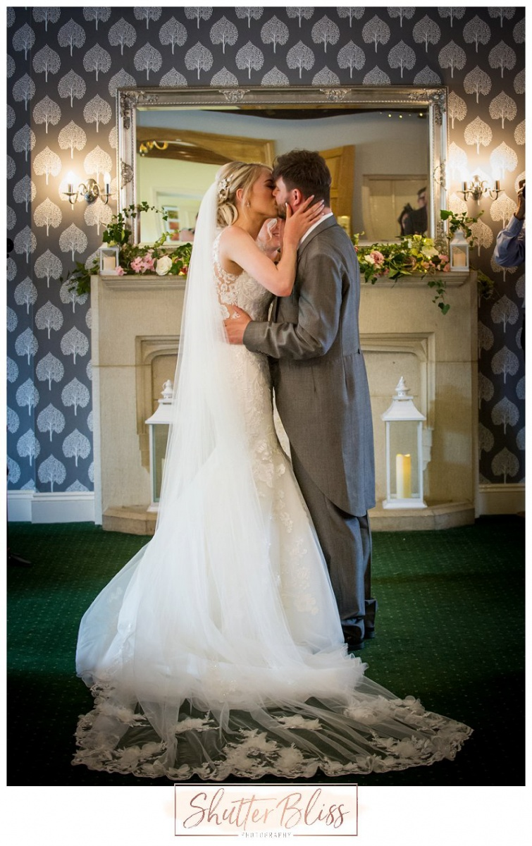 Batch-Country-House-Wedding-Photographer-KLP09