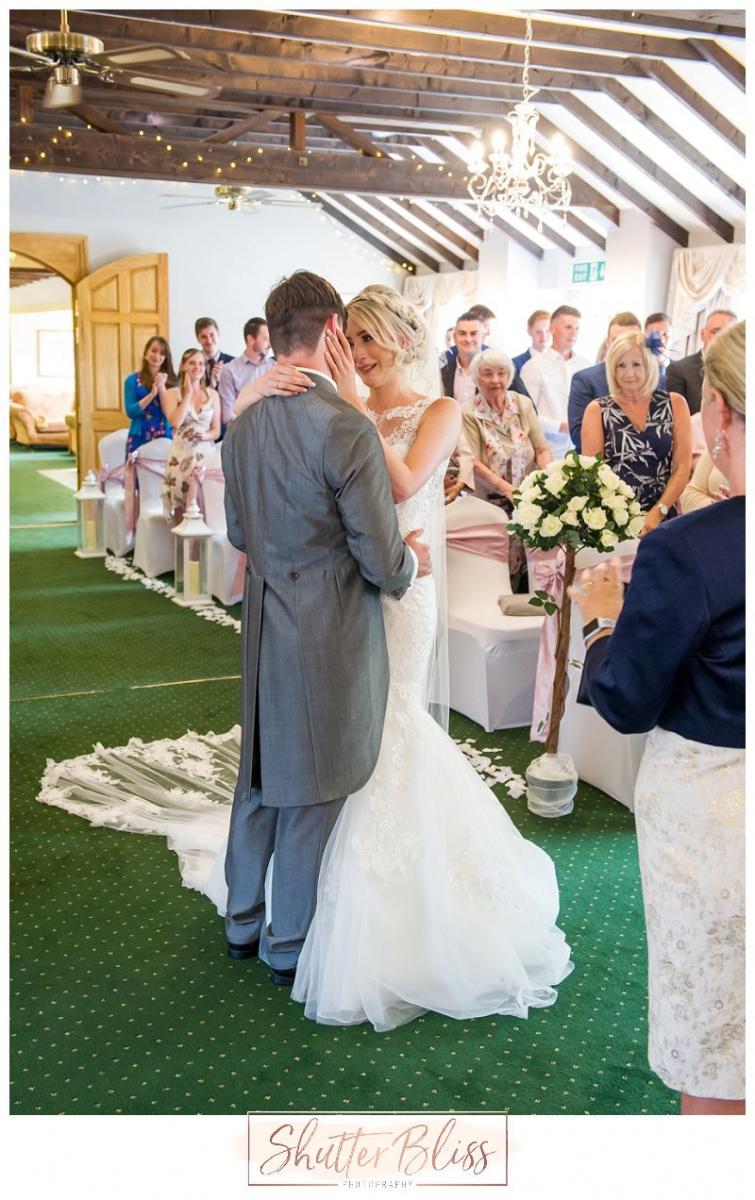 Batch-Country-House-Wedding-Photographer-KLP10